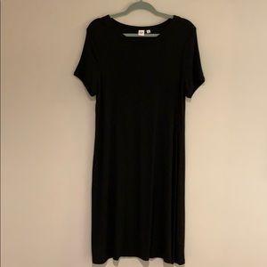 GAP black knit dress